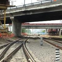 Начался монтаж металлоконструкций пролетных строений Волоколамского автодорожного путепровода