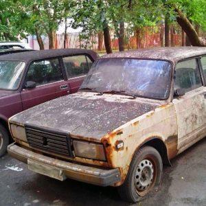 Брошенный автомобиль убрали с улицы Барышиха