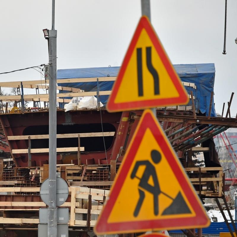 Укладка дорожной плиты началась на развязке МКАД – Волоколамское шоссе